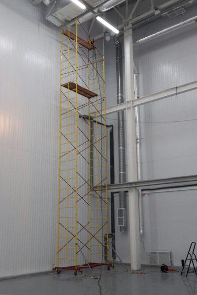 мойка стен и перекрытий склада